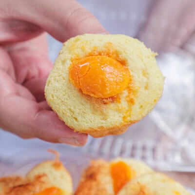 bánh bông lan trứng muối nhỏ